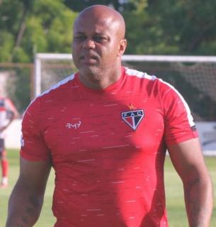 Foto do Vinícius de Abreu